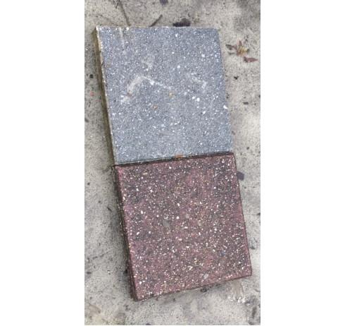 Gebruikte Tegels 30 x 30 cm 4,5 cm dik gepakketeerd